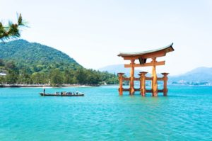 An afternoon spent on Miyajima: Visiting Itsukushima Shrine