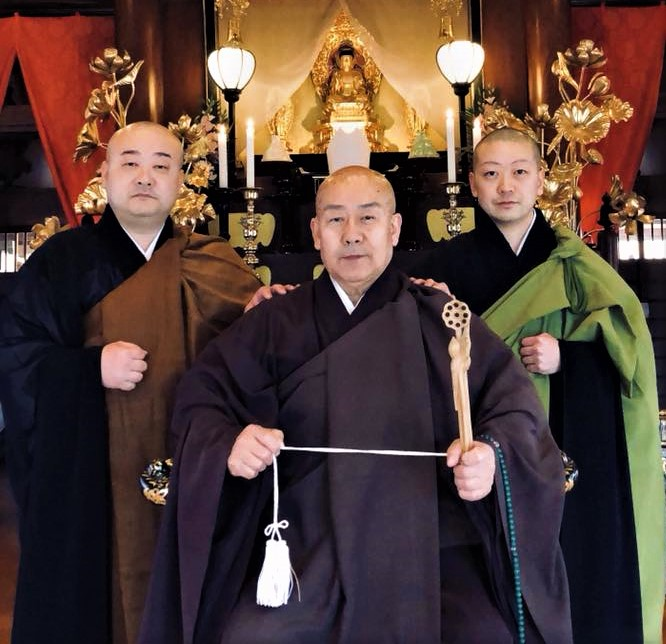 photograph of the monk of Seiryoin and his two sons