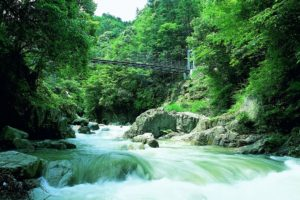 Nibukawa Valley, an all-season scenic retreat